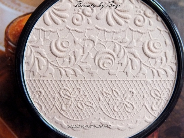 Phấn Nén Dermacol Compact Powder With Lace Relief