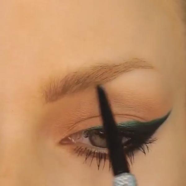 Cách Kẻ Mắt