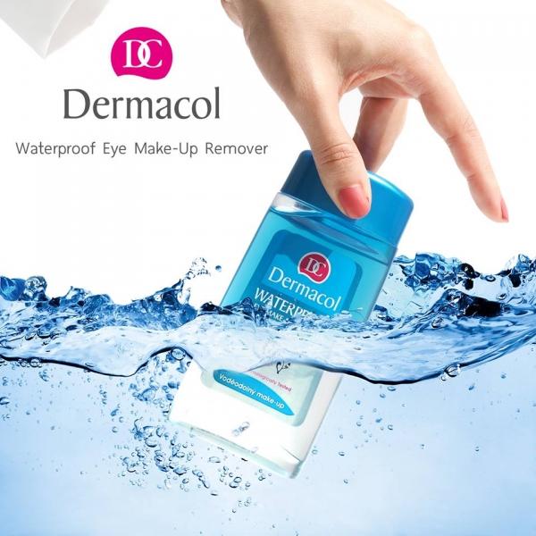 Minh Oan cho việc tẩy trang vất vả khi dùng Kem che khuyết điểm Dermacol Make Up Cover !